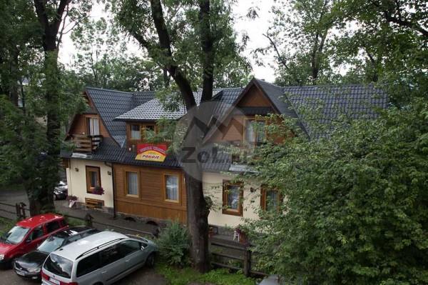 """Zakopane - """"Wesoła Chatka"""" - pokoje centrum Krupówki 37a"""